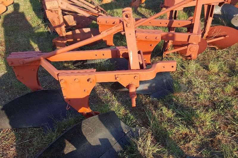 Tillage equipment Ploughs 2 furrow frame ploughs