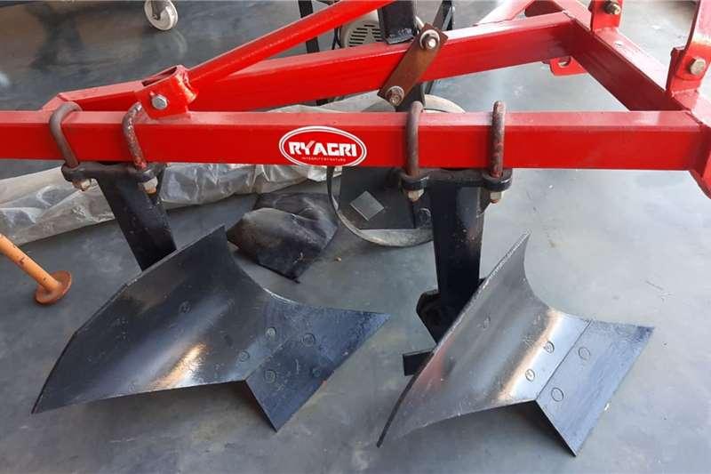 Ploughs 2 furrow plough Tillage equipment