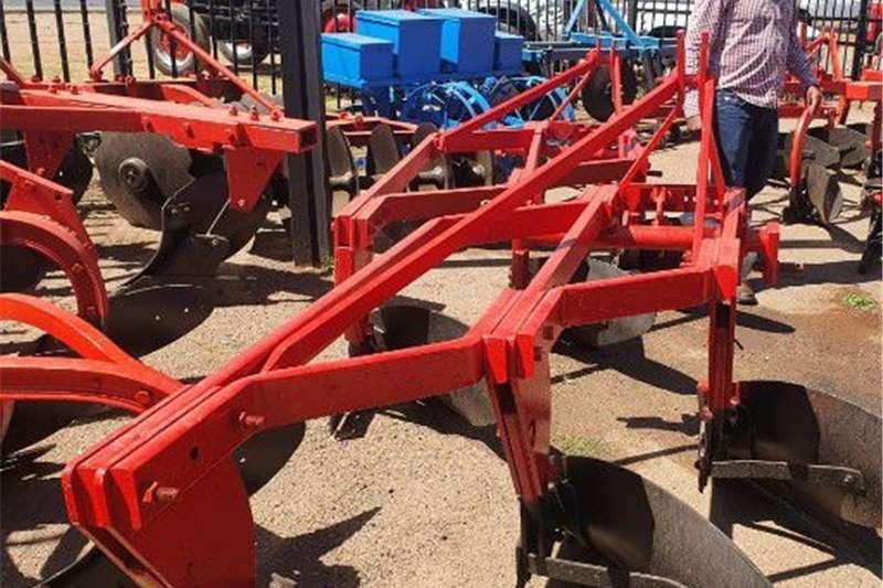 Ploughs 3 Skaar Mouldboard Plough Tillage equipment