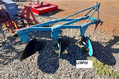 Ploughs 3 X SHEAR FRAME Tillage equipment