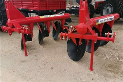 Ploughs 4 Row Disc Ploughs Tillage equipment