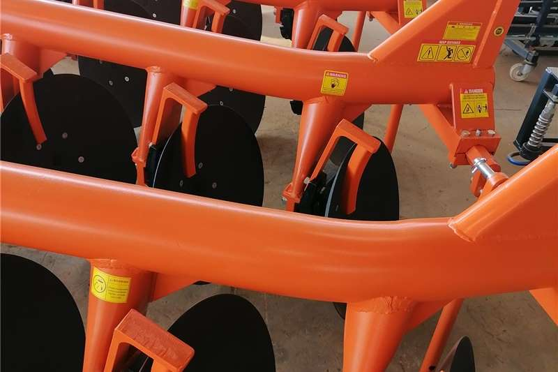 Ploughs Brand New Fieldking 3 Disc Ploughs Tillage equipment
