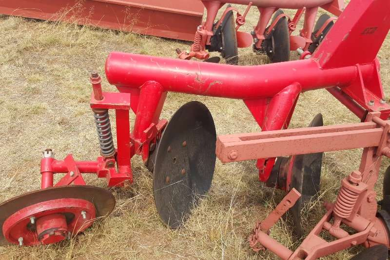 Tillage equipment Ploughs New 2 disc Plough