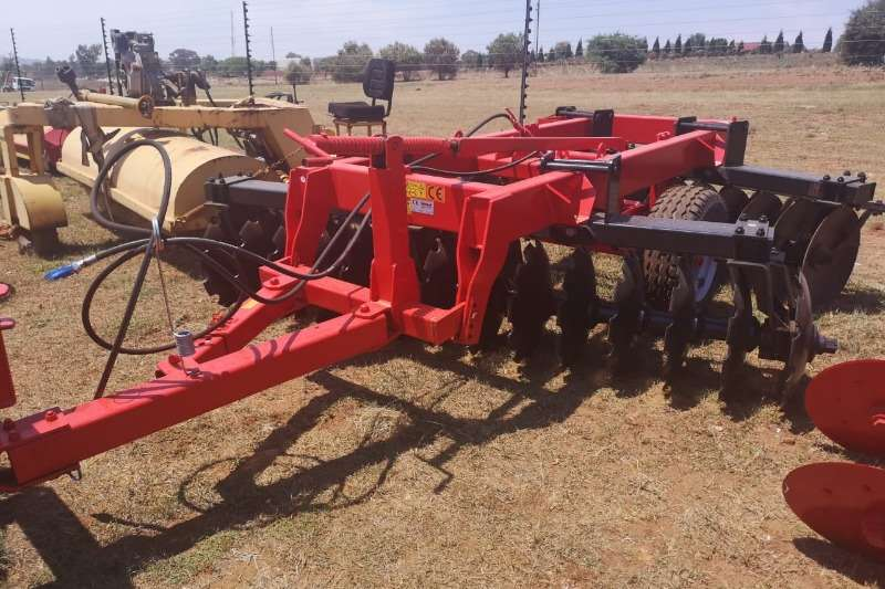 Tillage equipment Ploughs New Agrional 28 Disc Harrow 2018