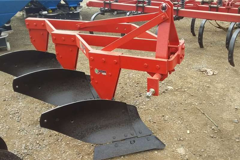 Ploughs New JBH 3 furrow mouldboard ploughs Tillage equipment