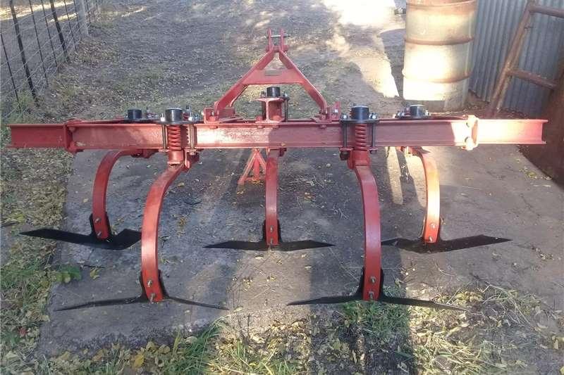 Ploughs Soil master tiller 5 tand Tillage equipment