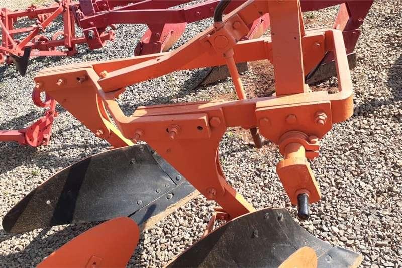 Ploughs U Make 2 Skaar Raam Ploeg / Furrow Plough Tillage equipment