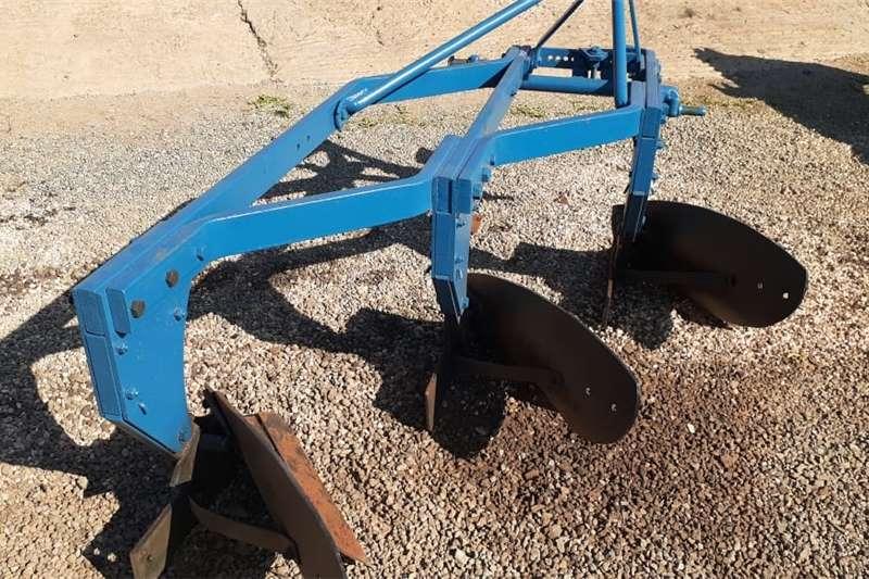 Ploughs U Make 3 Skaar Raam Ploeg / Furrow Plough Tillage equipment