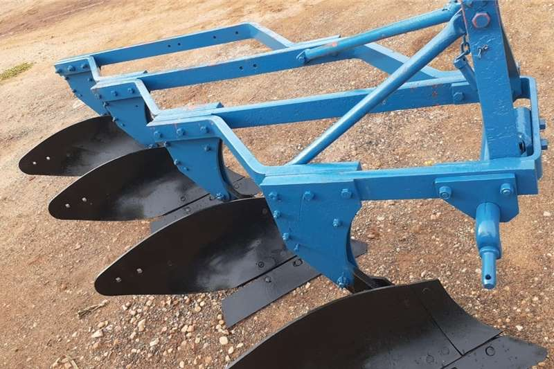 Ploughs U Make 4 Skaar Raam Ploeg Tillage equipment