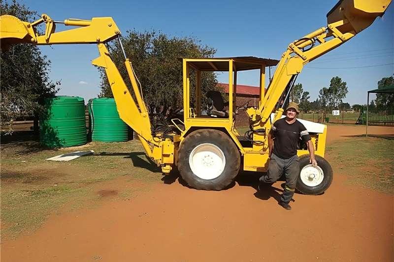 TLB's Farming TLB International te ruil of te koop