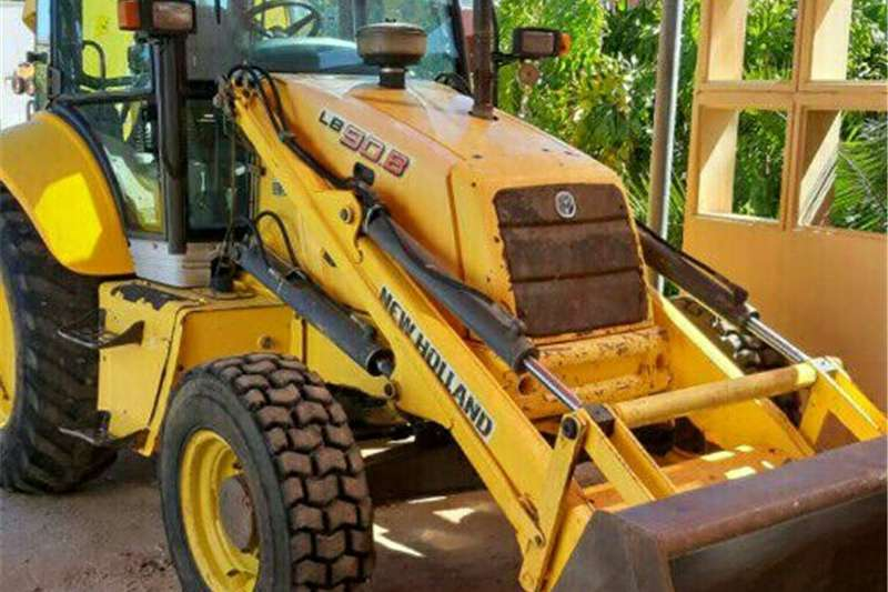 Farming Tlb New Holland 4x4 TLB's