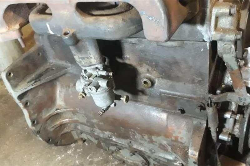 2WD tractors ENGINE: Ferguson 35 koperpens tractor, petrol para Tractors