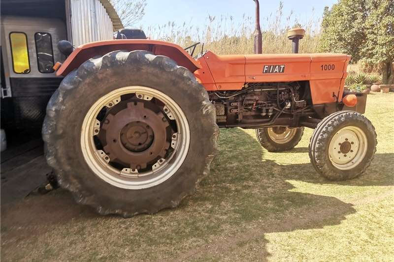 2WD tractors Fiat 1000 Tractors