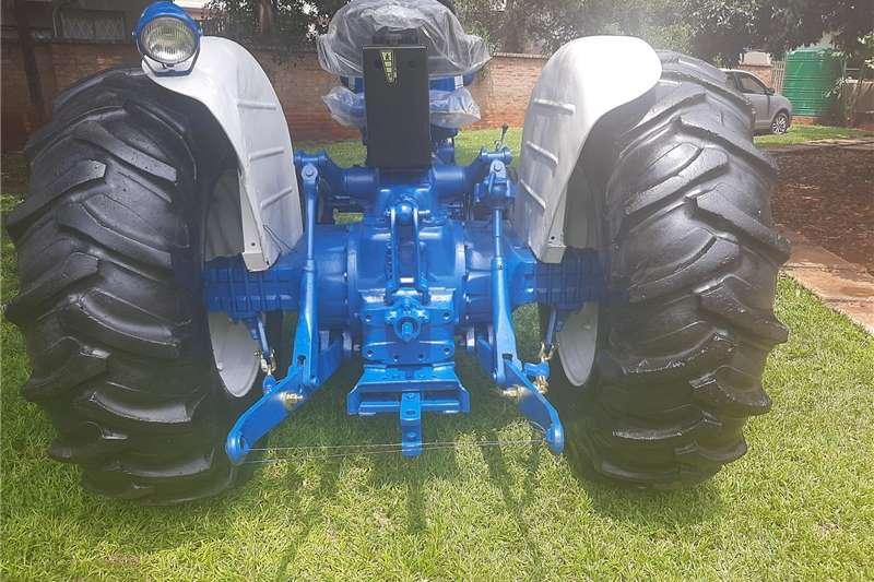 2WD tractors Ford 5000 Tractors