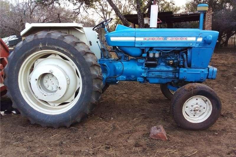 2WD tractors Ford 5000 trekker te koop Tractors