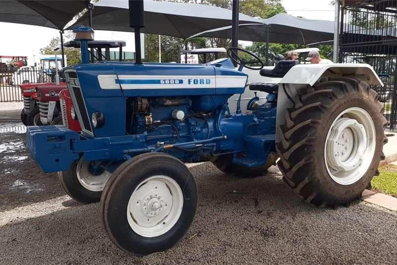 2WD tractors Ford 5600 4X2 Tractors