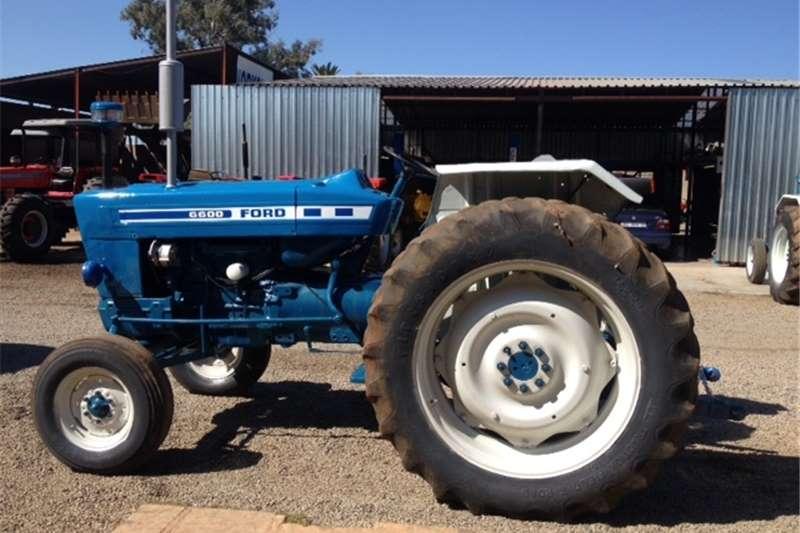 2WD tractors Ford 6600 2x4 Tractors