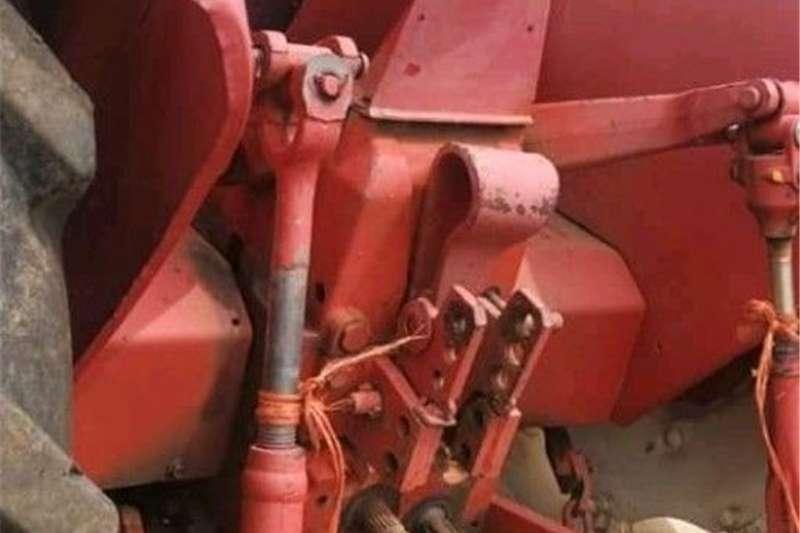 2WD tractors international Tractors