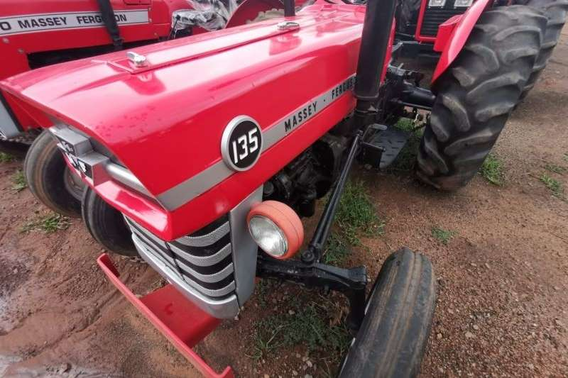 2WD tractors Massey Ferguson 135 Tractor Tractors