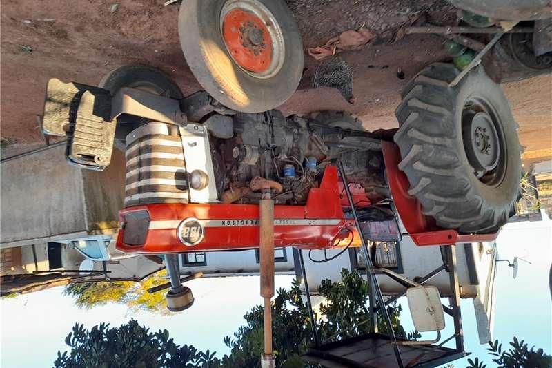 2WD tractors Massey's Ferguson 188 ,start and go.lifts working Tractors