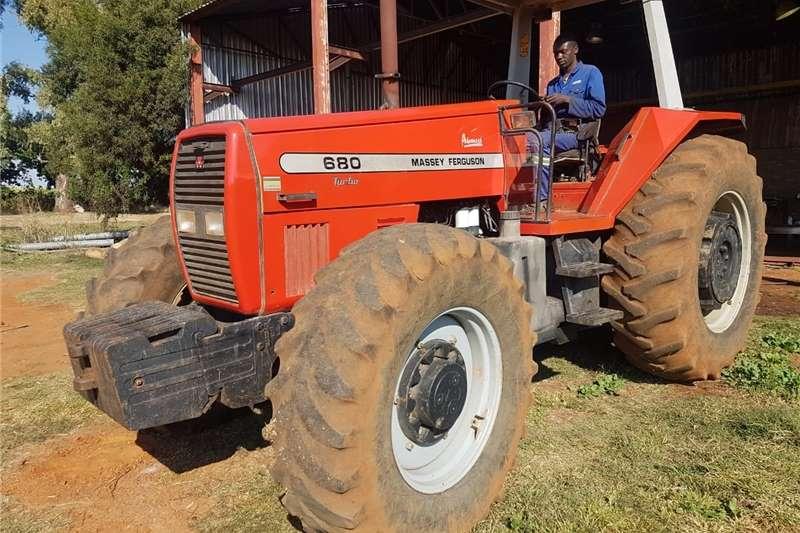 2WD tractors messey ferguson Tractors