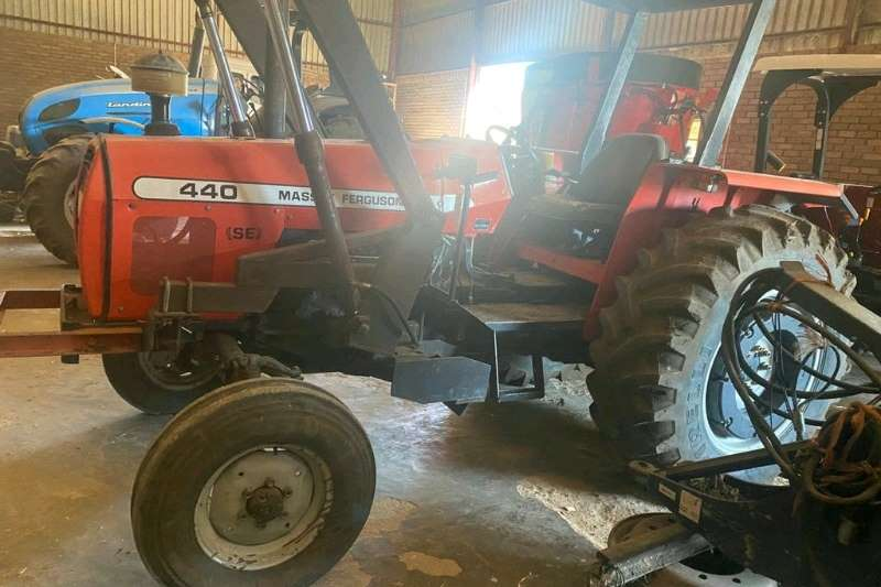 2WD tractors MF440 4X2 TRACTOR Tractors