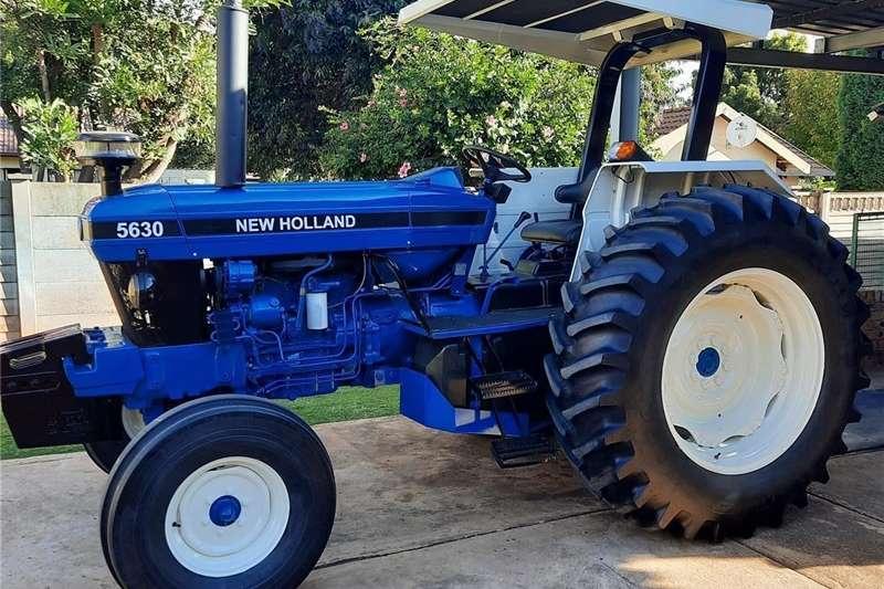 2WD tractors New Holland Tractor Tractors