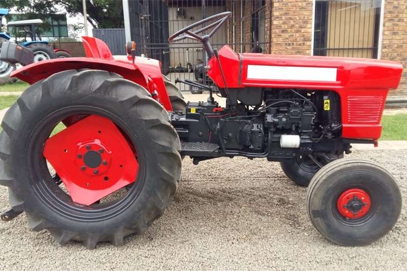 Tractors 2WD tractors Red Kubota L185 12.5kW/17Hp  2x4 Pre Owned Tractor