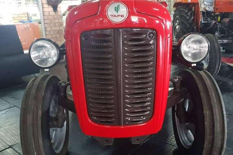 2WD tractors Tafe 30 DI Tractors