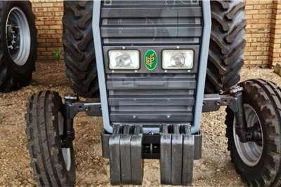 2WD tractors Tafe 7502 Tractors
