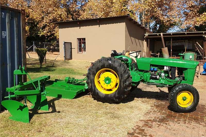 2WD tractors Tractor, Slasher and Plough combo Tractors