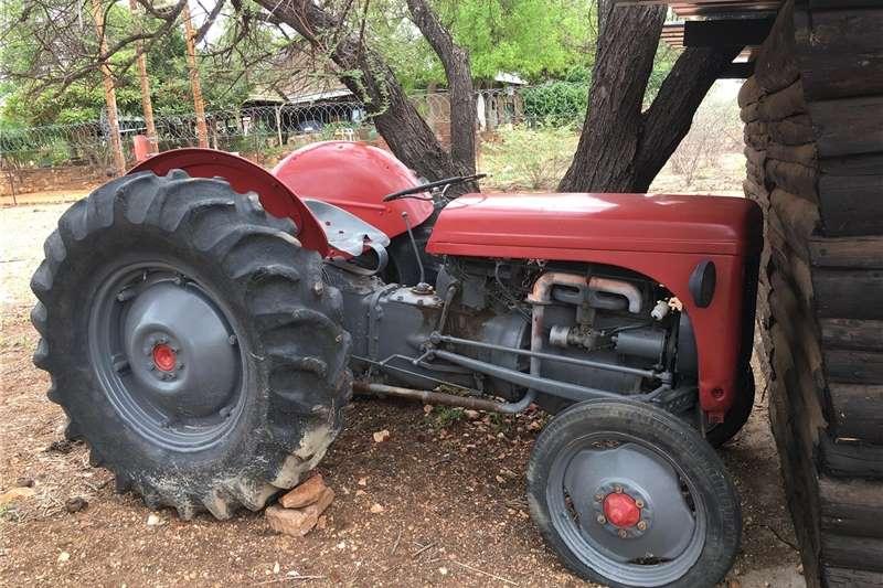 2WD tractors Tractor x 2 Tractors
