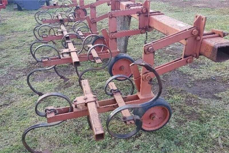 Tractors 4 Ry Tussen Skoffel 4 Row Cultivator