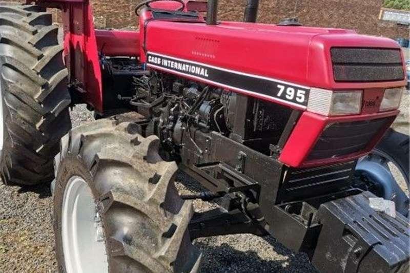 4WD tractors Case 795A International Tractors