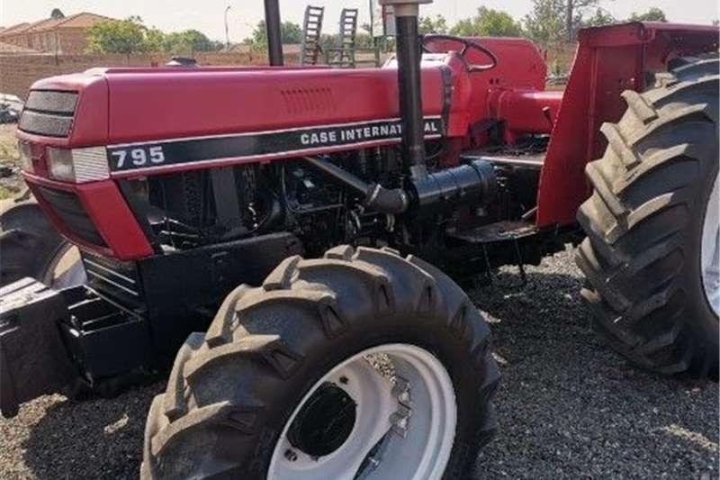 4WD tractors Case 795A International tractor Tractors