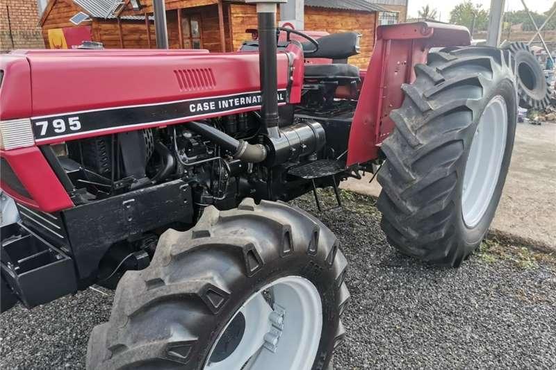 4WD tractors CASE INTERNATIONAL Tractors