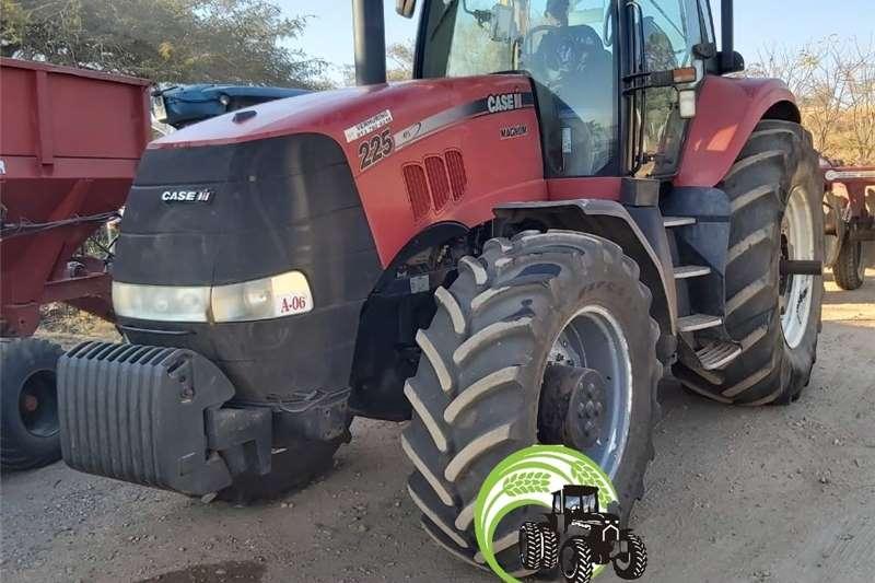 4WD tractors Case Magnum 225 Tractors