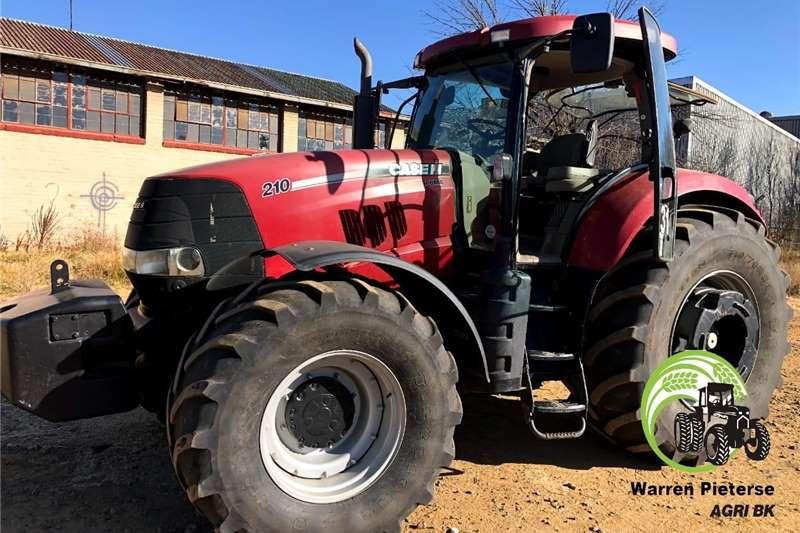 4WD tractors Case Puma 210 Tractors