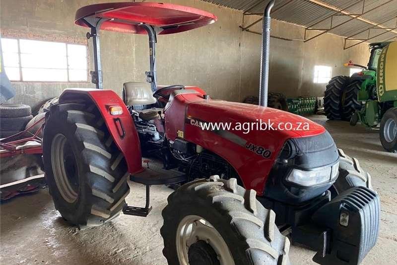 4WD tractors en 2011 Case IH JX80 Tractors