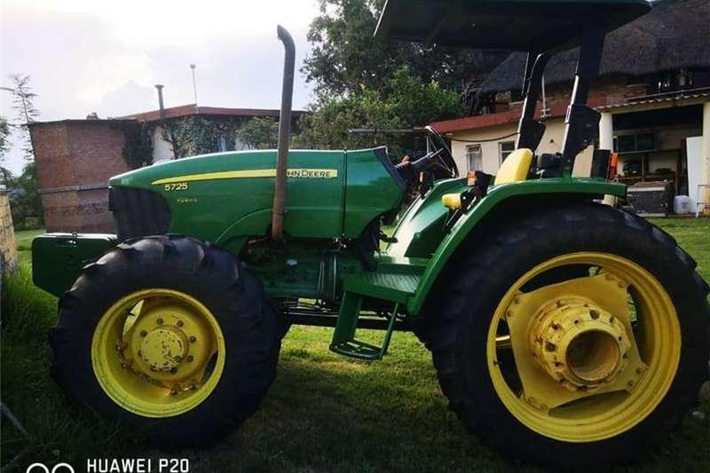 4WD tractors JOHN DEERE Tractors