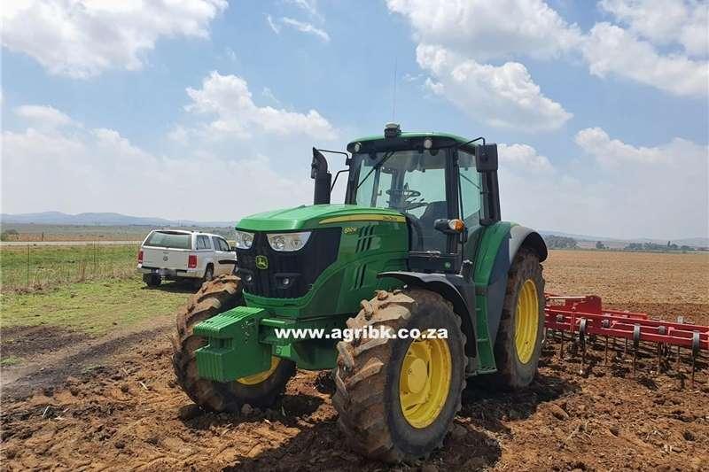 4WD tractors John Deere 6150 M Tractors