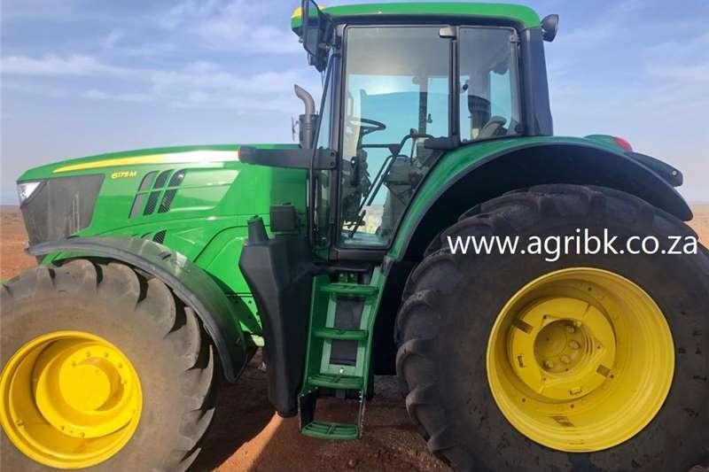 4WD tractors John Deere 6175 M Tractors