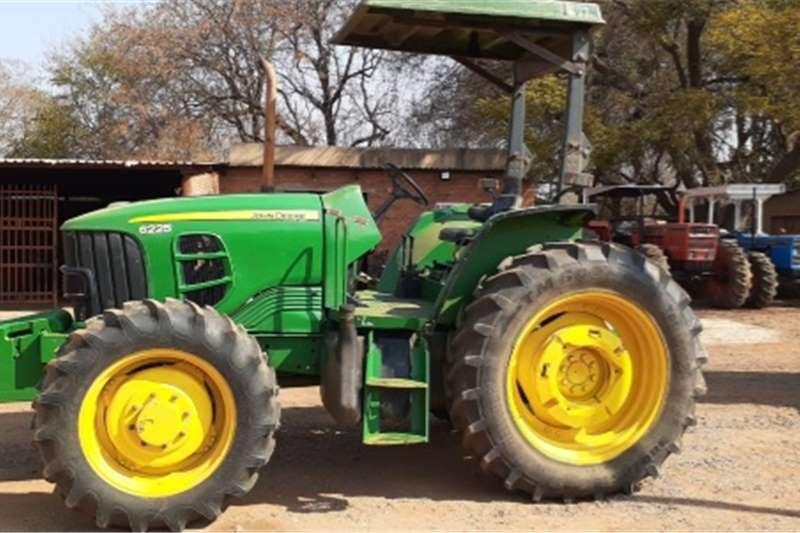 4WD tractors John Deere 6225 4x4 Tractors