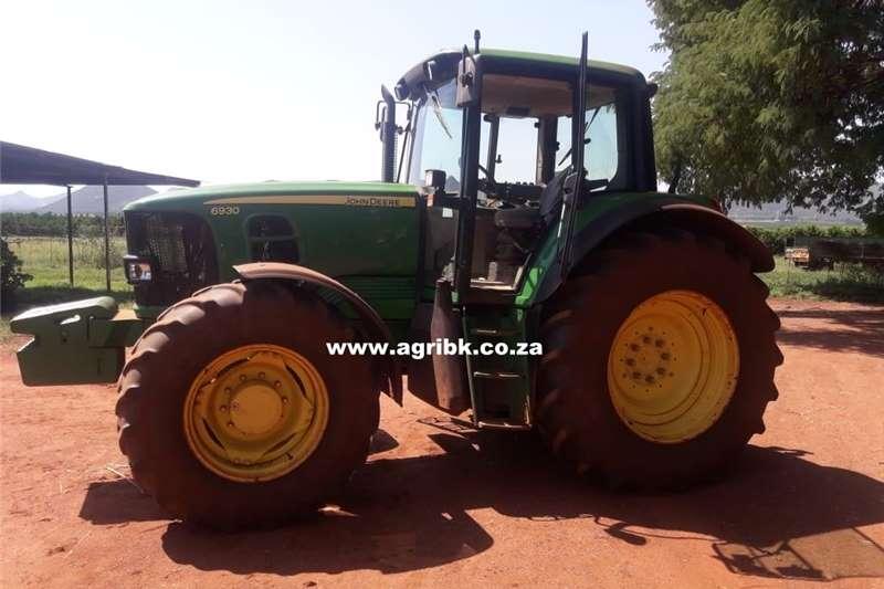 4WD tractors John Deere 6930 Tractors