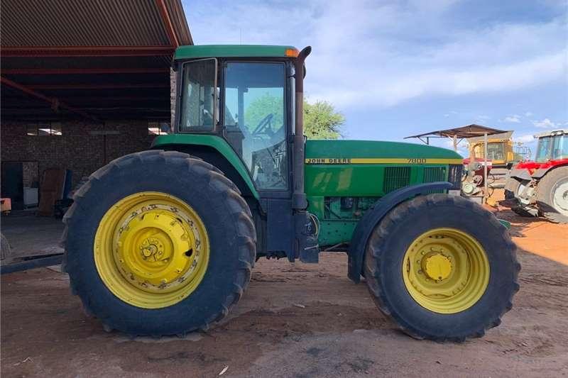 4WD tractors John Deere 7800 Tractors