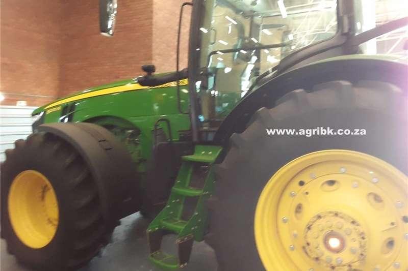 Tractors 4WD tractors John Deere 8270 R 2019