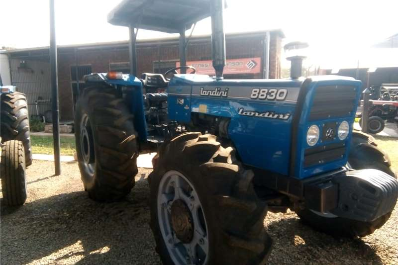 4WD tractors Landini 8830 4X4 Tractors