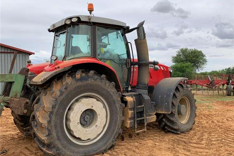 4WD tractors Massey Ferguson 7624 Dyna 6 Trimble GPS System Tractors