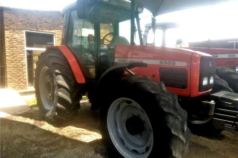 Tractors 4WD tractors Massey Ferguson (MF) 5365 4X4