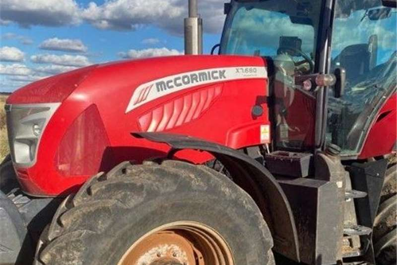 4WD tractors McCormick X7 680 Tractors